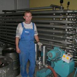 Теплообменник труда-в-трубе для охлаждения вина