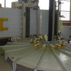 Автоматический комплекс для изготовления емкостей
