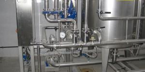 Установка для дозирования ингредиентов в потоке высокой производительности