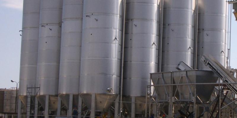 Винификаторы вертикальные для производства красных вин