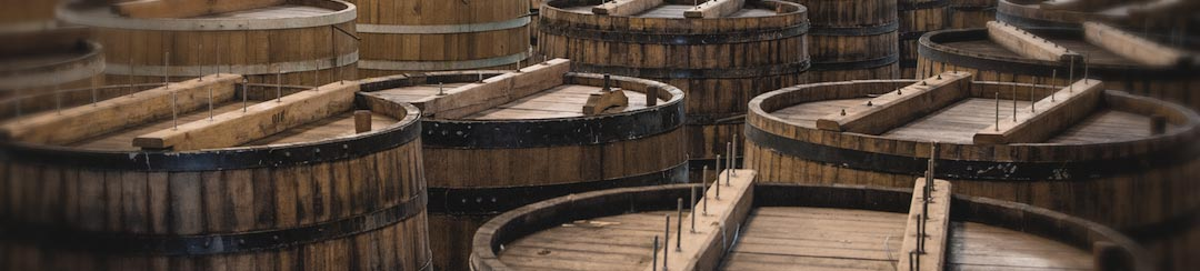 wooden beer fermentation tank
